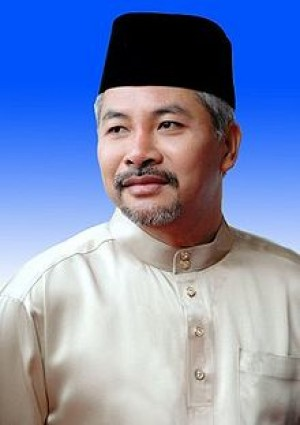 Dato' Seri Dr. Mohd Khir Bin Toyo